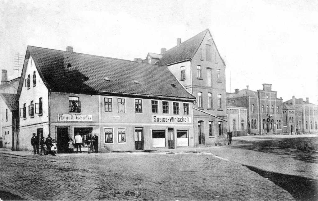 Bahnhofsplatz1910-01-Thielke