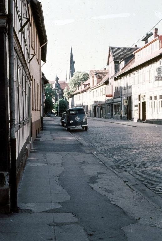 HolzerStr1958-03