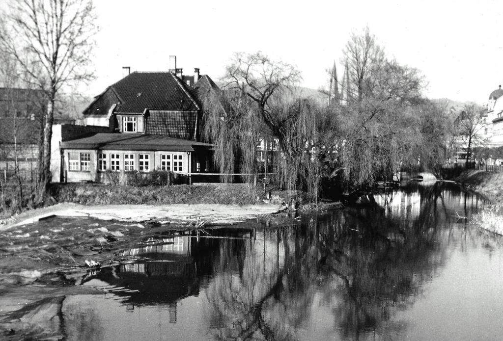 Leine1950er-13-Wehr-Steinweg