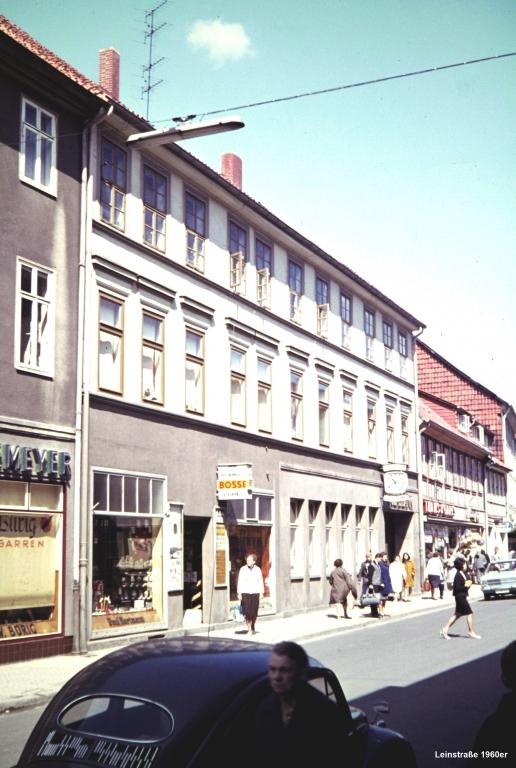 Leinstr1960er-03-Nr.12vorAbrißvor1968