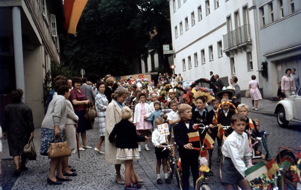 Schützenfest1965-02-Kinderumzug