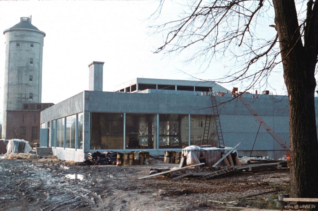Hallenbad1970-05-Bau