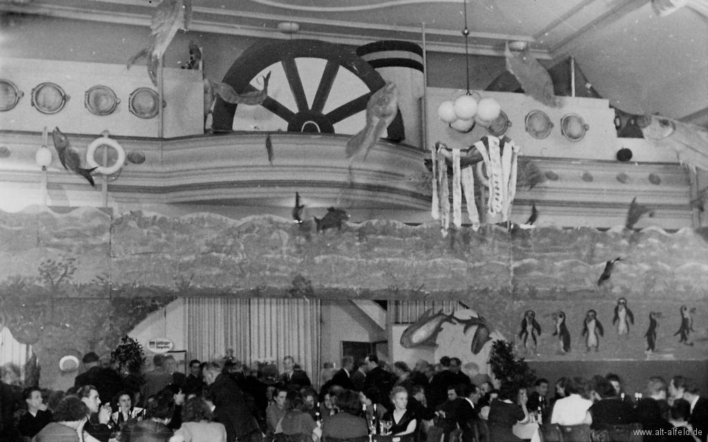 Kaiserhof1950er-07-Saal