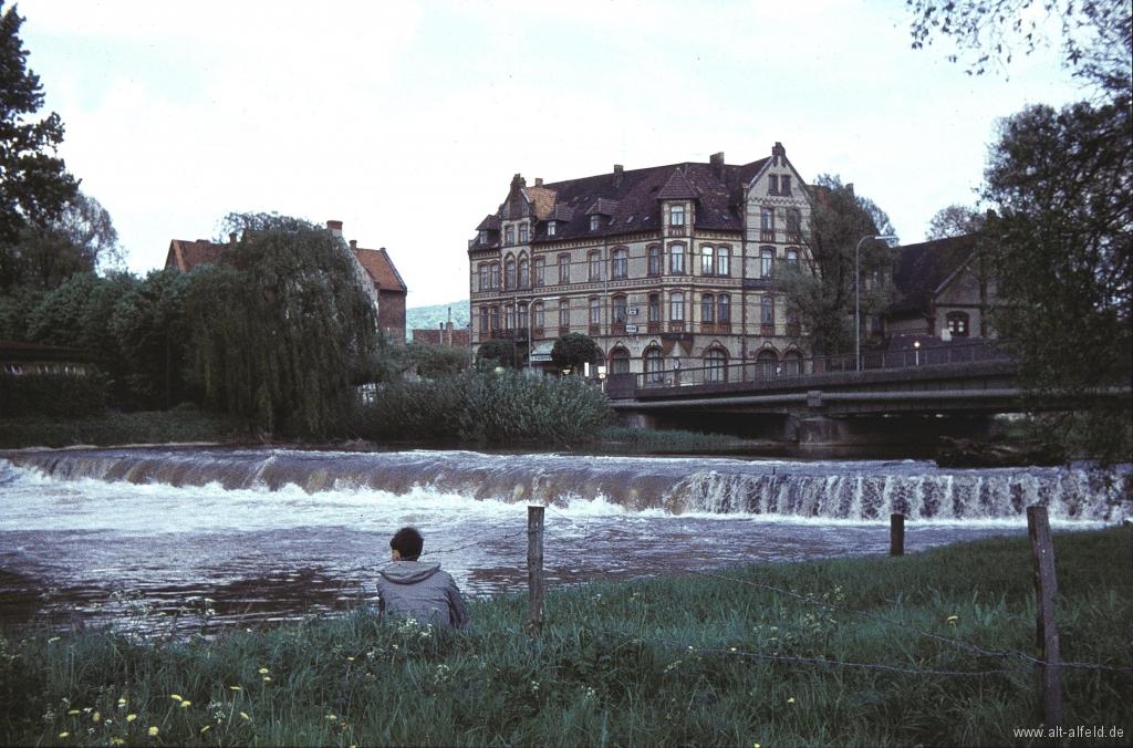 Leine1960-01-Wehr