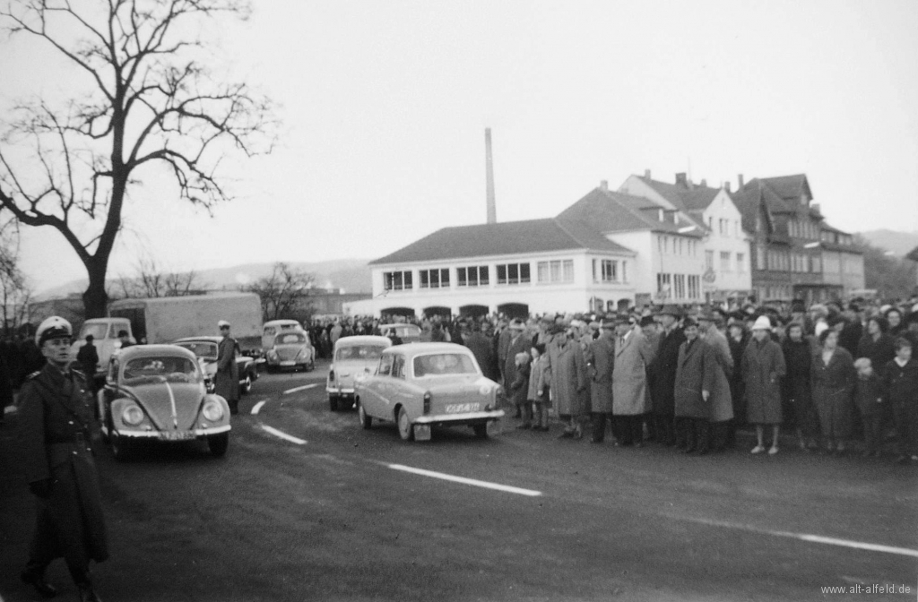 Schlehbergring1961-12-Eröffnung