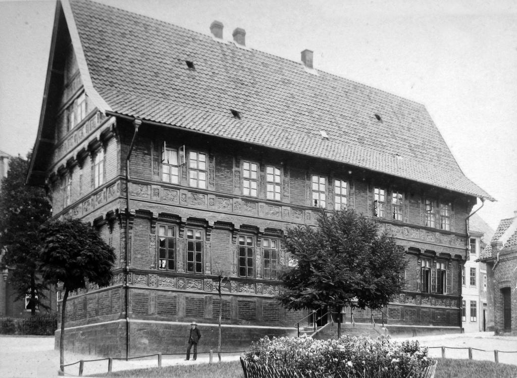 AlteLateinschule1890-09-18-01