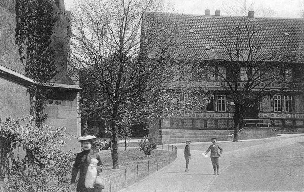 AlteLateinschule1910er-01