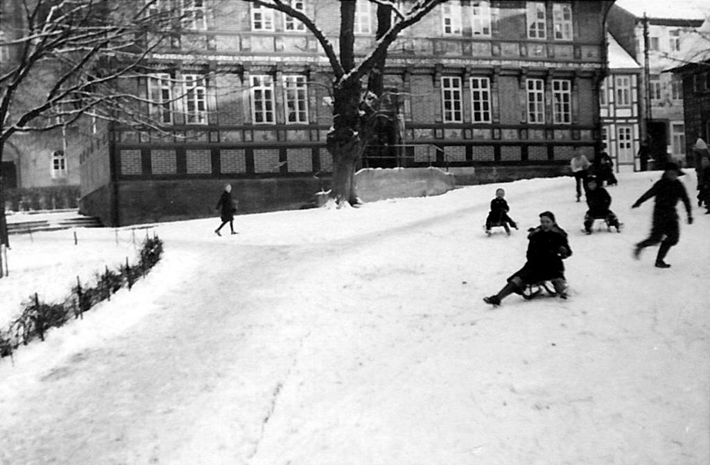 AlteLateinschule1950-03-Winter