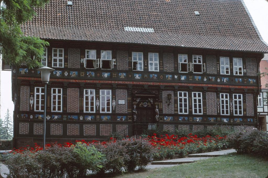 AlteLateinschule1976-01