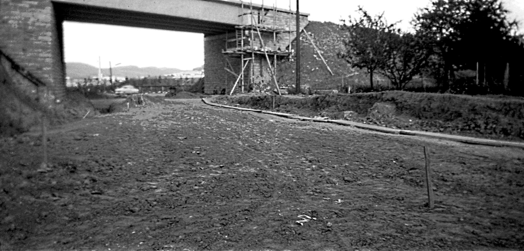 AndenSteinköpfen1957-02-BauB3Brücke