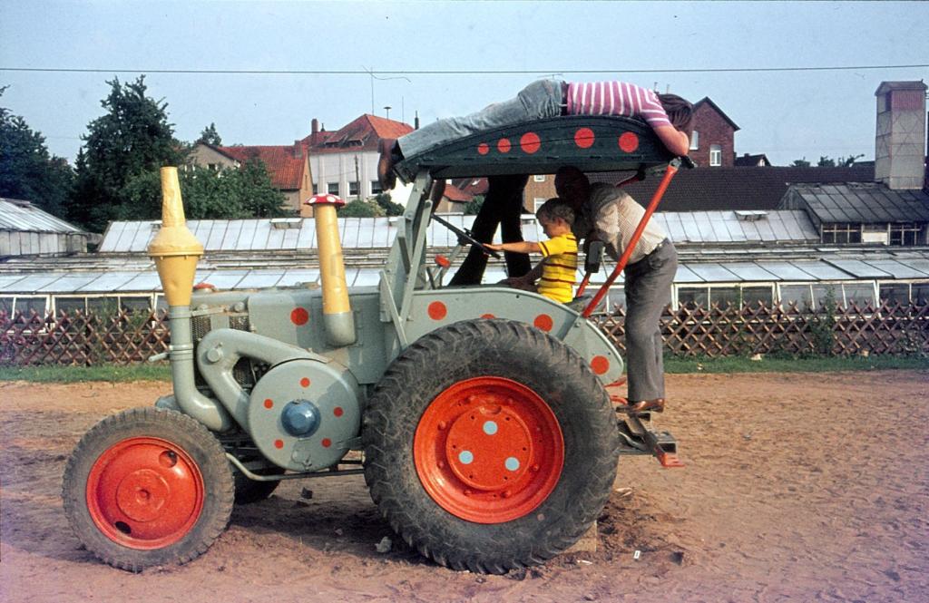 Antonianger1974-03-Abenteuerspielplatz