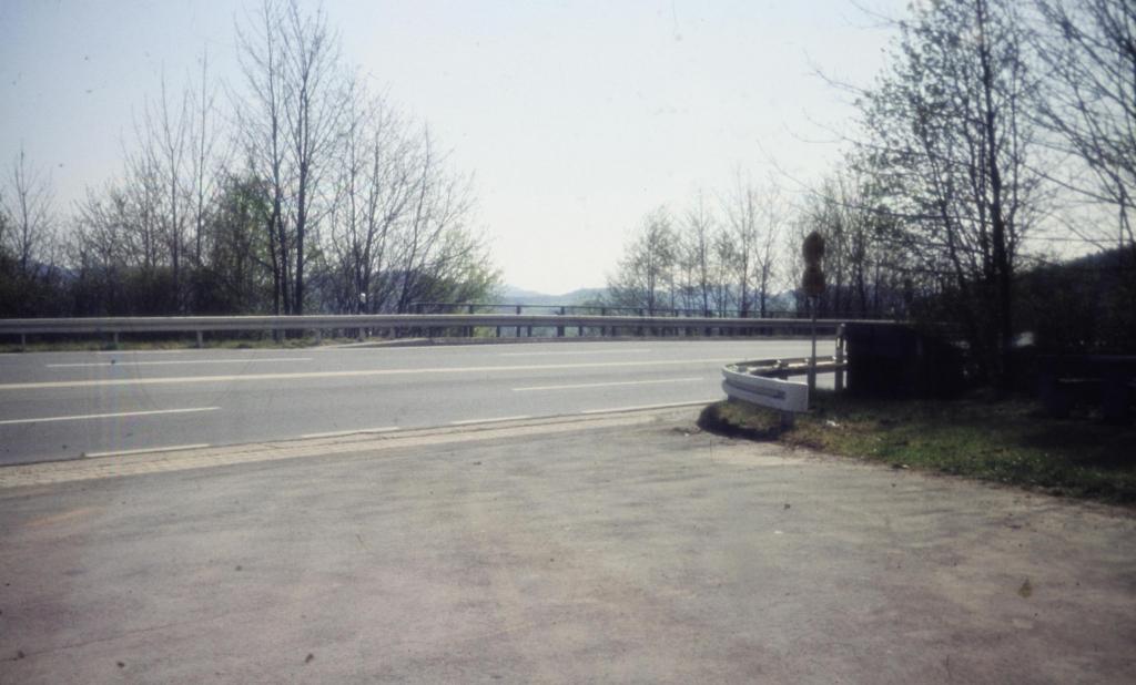 B3 1970-02