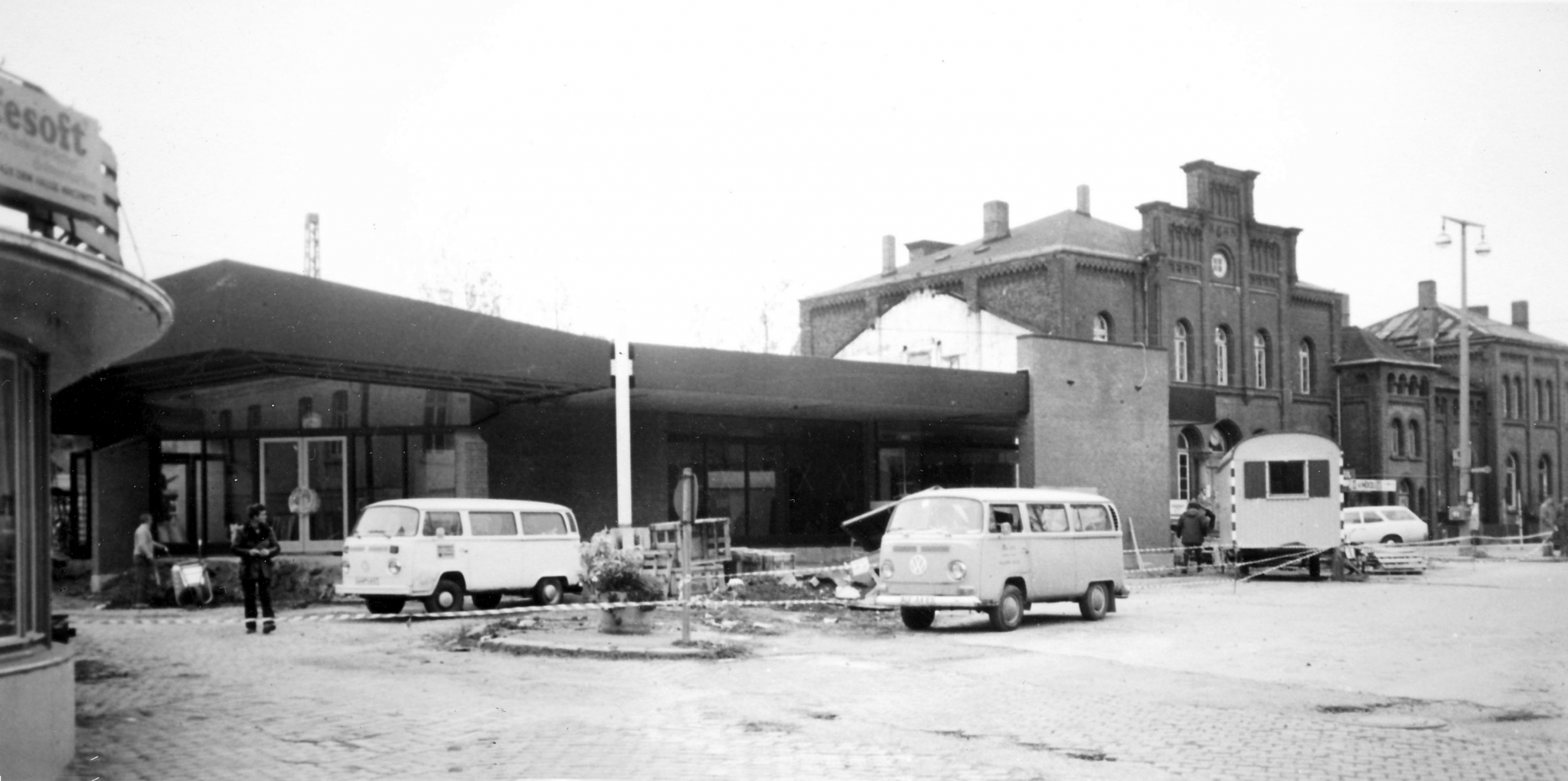 Bahnhof1978-11