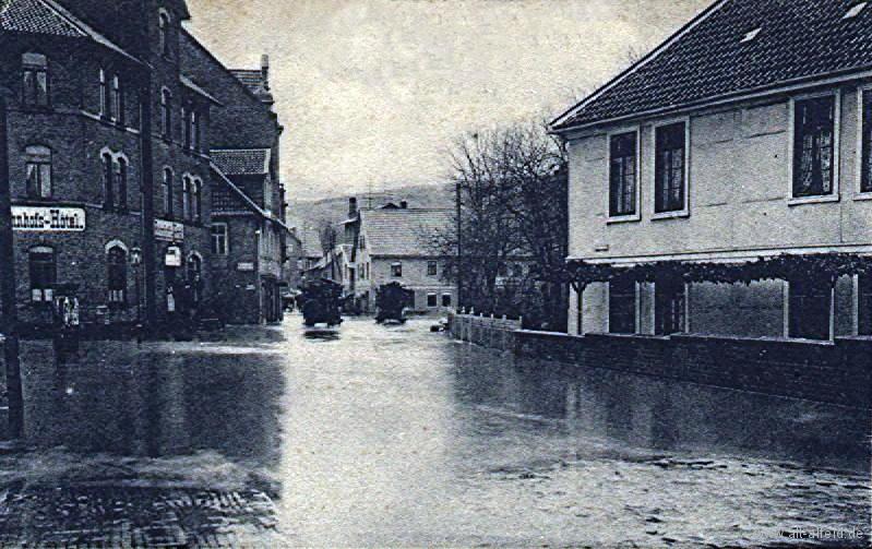 Bahnhofsplatz1909-03 Hochwasser