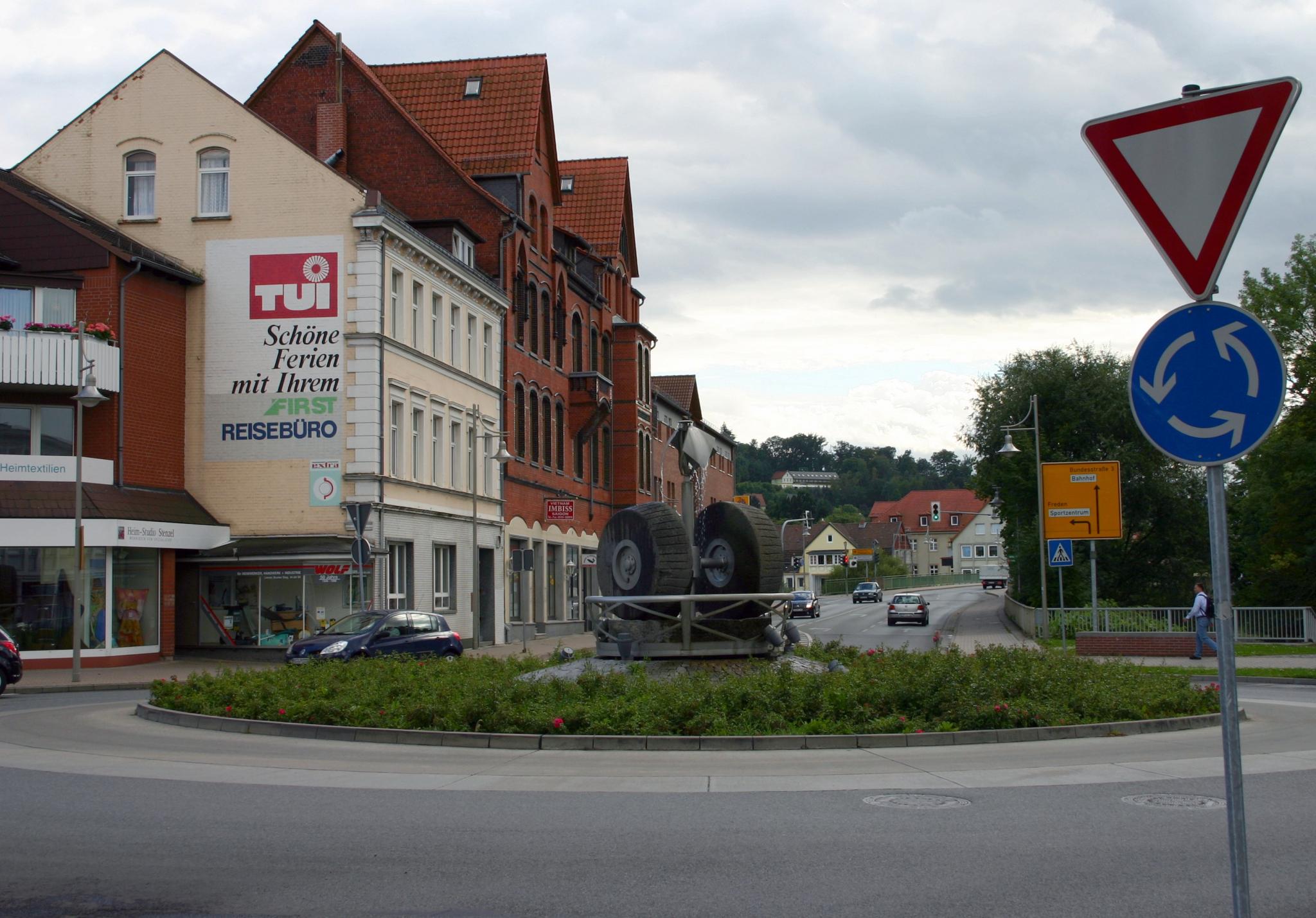 Bahnhofstr2008-02