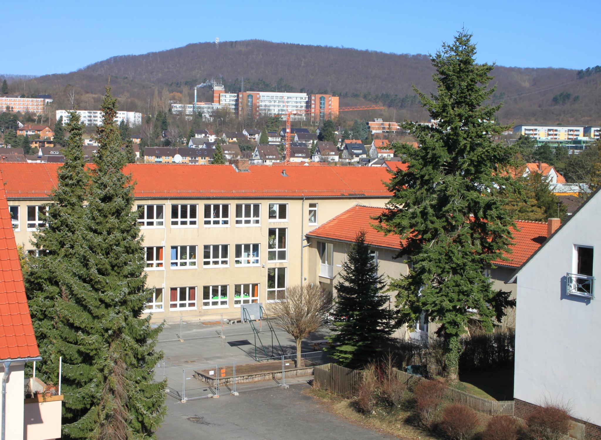 Berufsschule2011-01-Schulhof