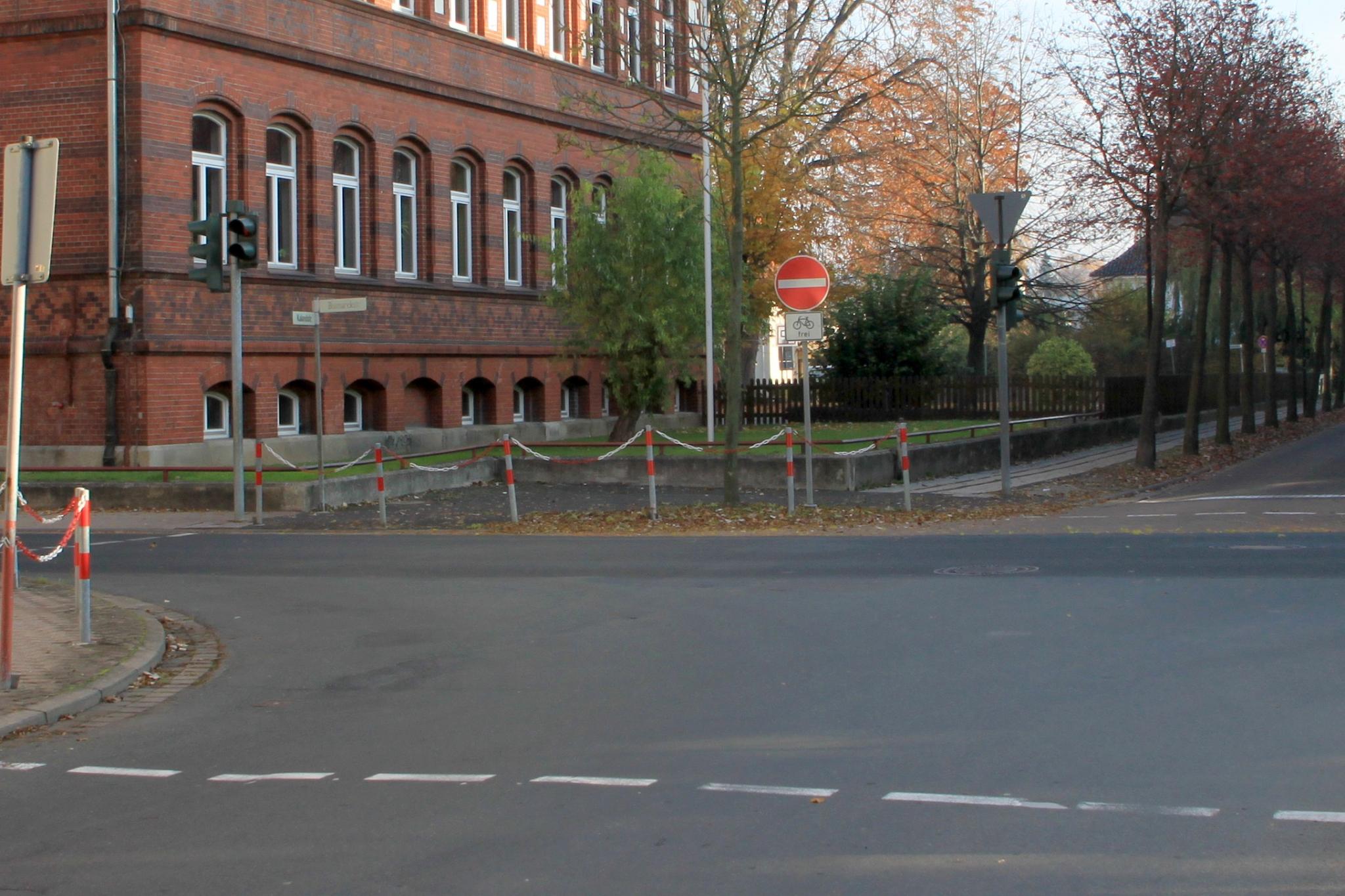 Bismarckstr2011-04-Kalandstraße