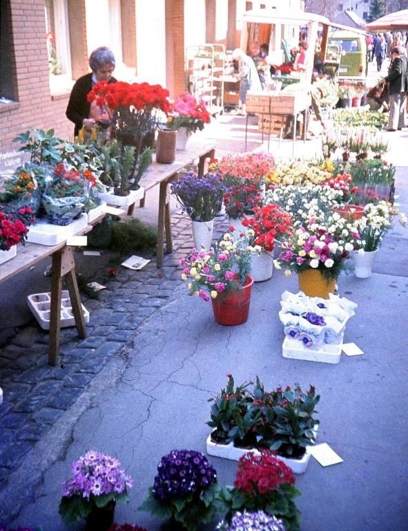 Bornstr1970er-05-Wochenmarkt