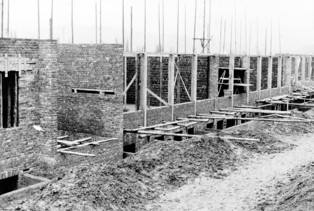 DohnserSchule1952-21-Bau-Bergseite-1