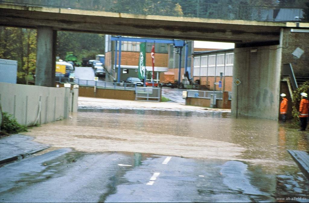 FöhrsterStr1998-05-Hochwasser