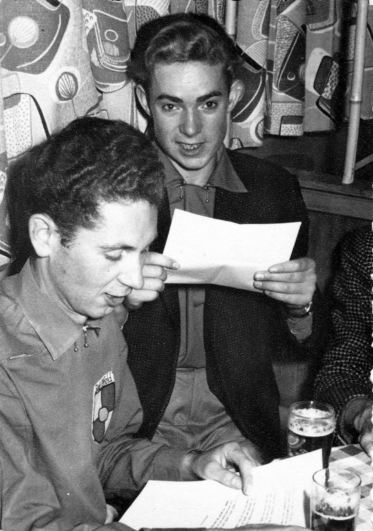 Fanfarenzug1950er-05-Vorstands-Sitzung