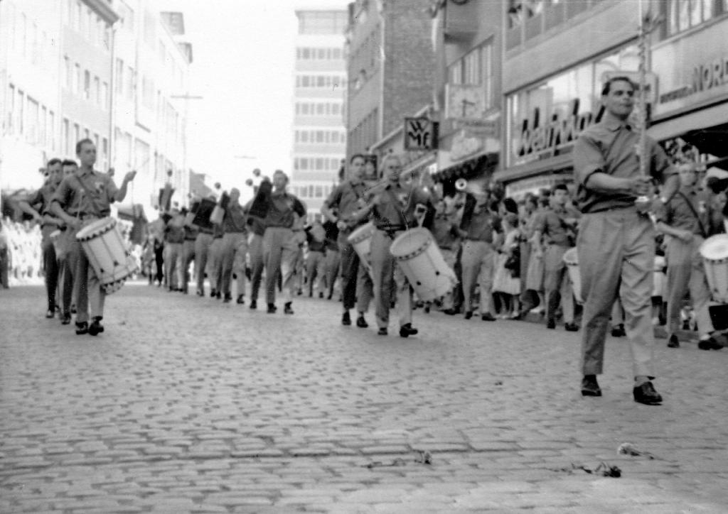 Fanfarenzug1960-09-Hildesheim
