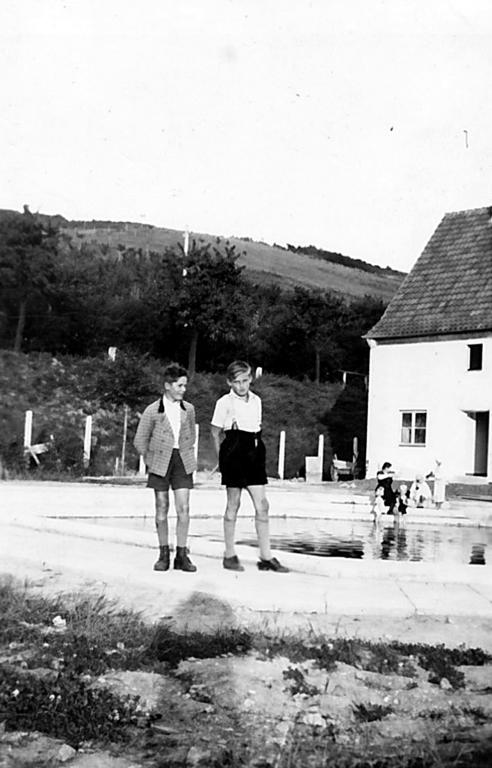 Freibad1939-02-TeoLösking-WalterTernedde