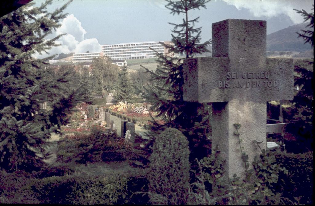 Friedhof1960er-07-Krankenhaus