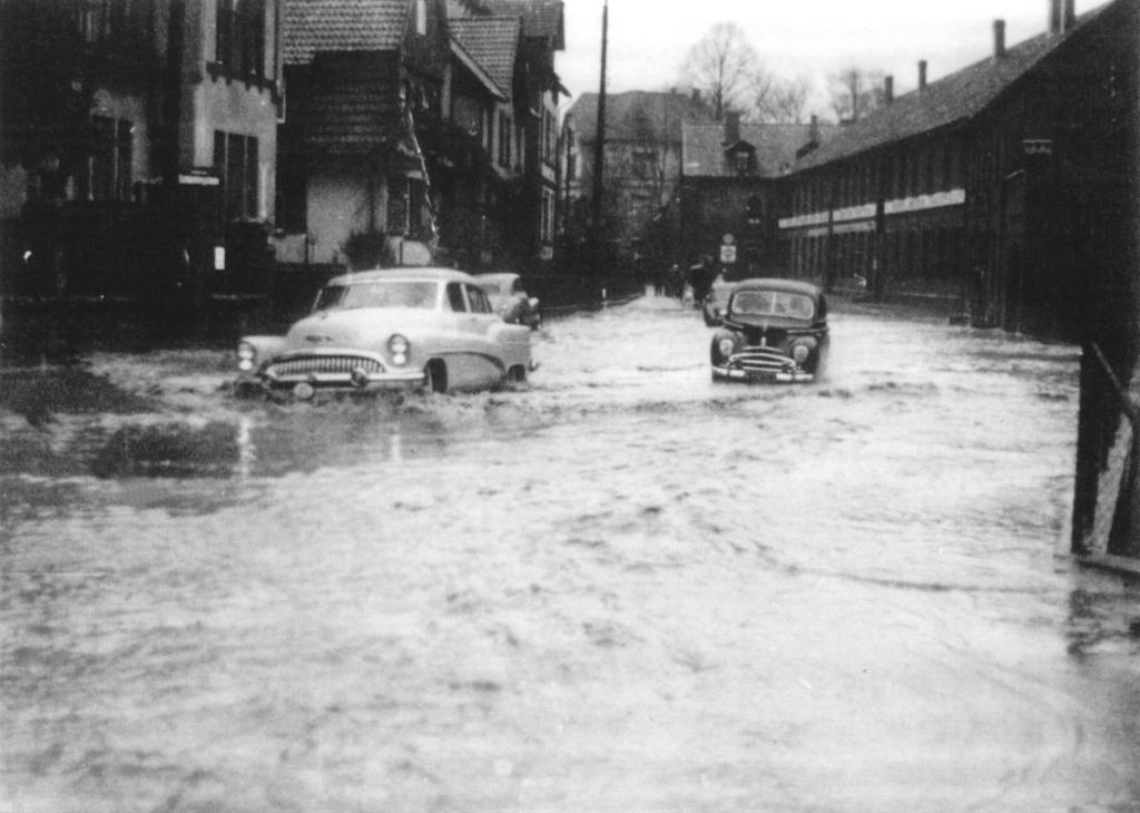 GöttingerStr1950er-02-Hochwasser