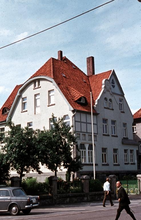 GöttingerStr1960er-06-Storchennest-HausderJugend