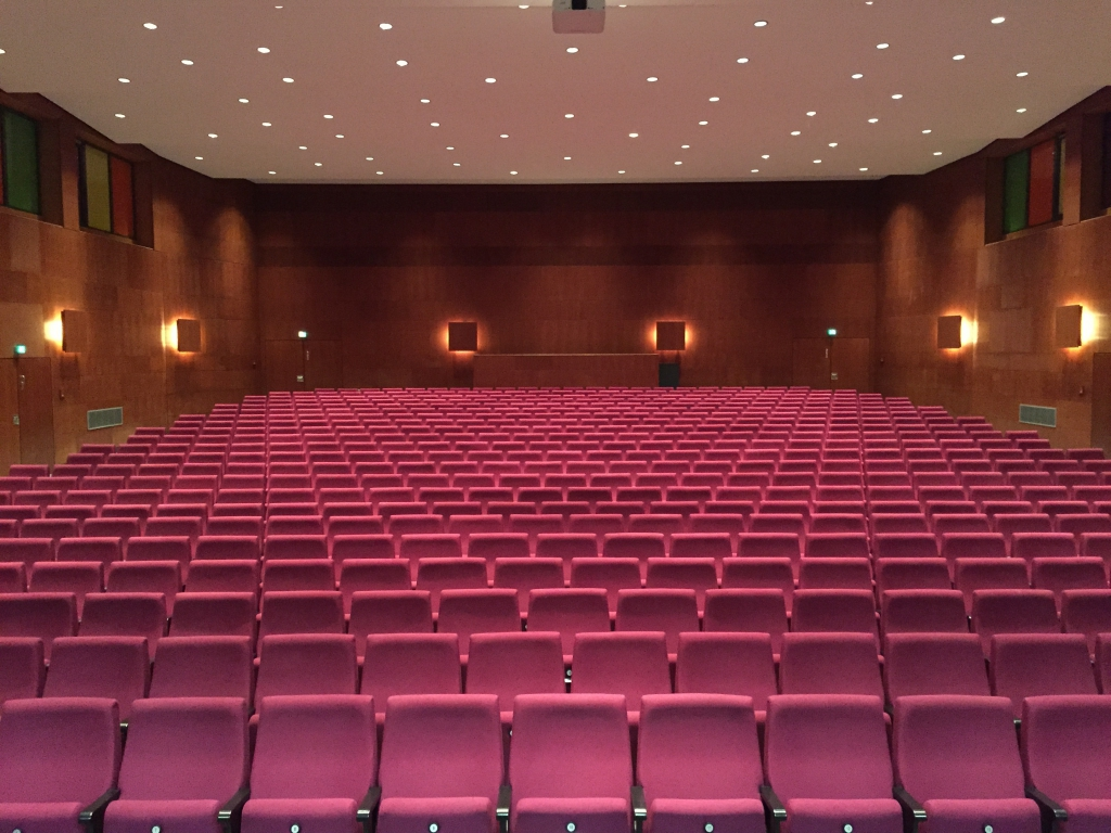 Gymnasium2015-29-Aula-1