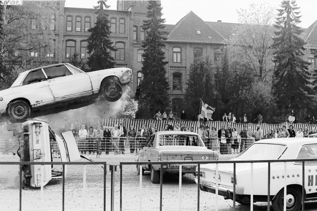 Hackelmasch1981-01-Stunt-Show