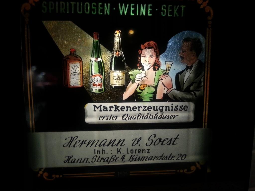 HannoverscheStr1950er-01-KaufhausDesWesten-vonSoest-Werbung