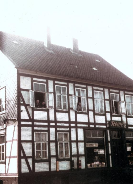 HannoverscheStr1959-01-Nr4-vonSoest