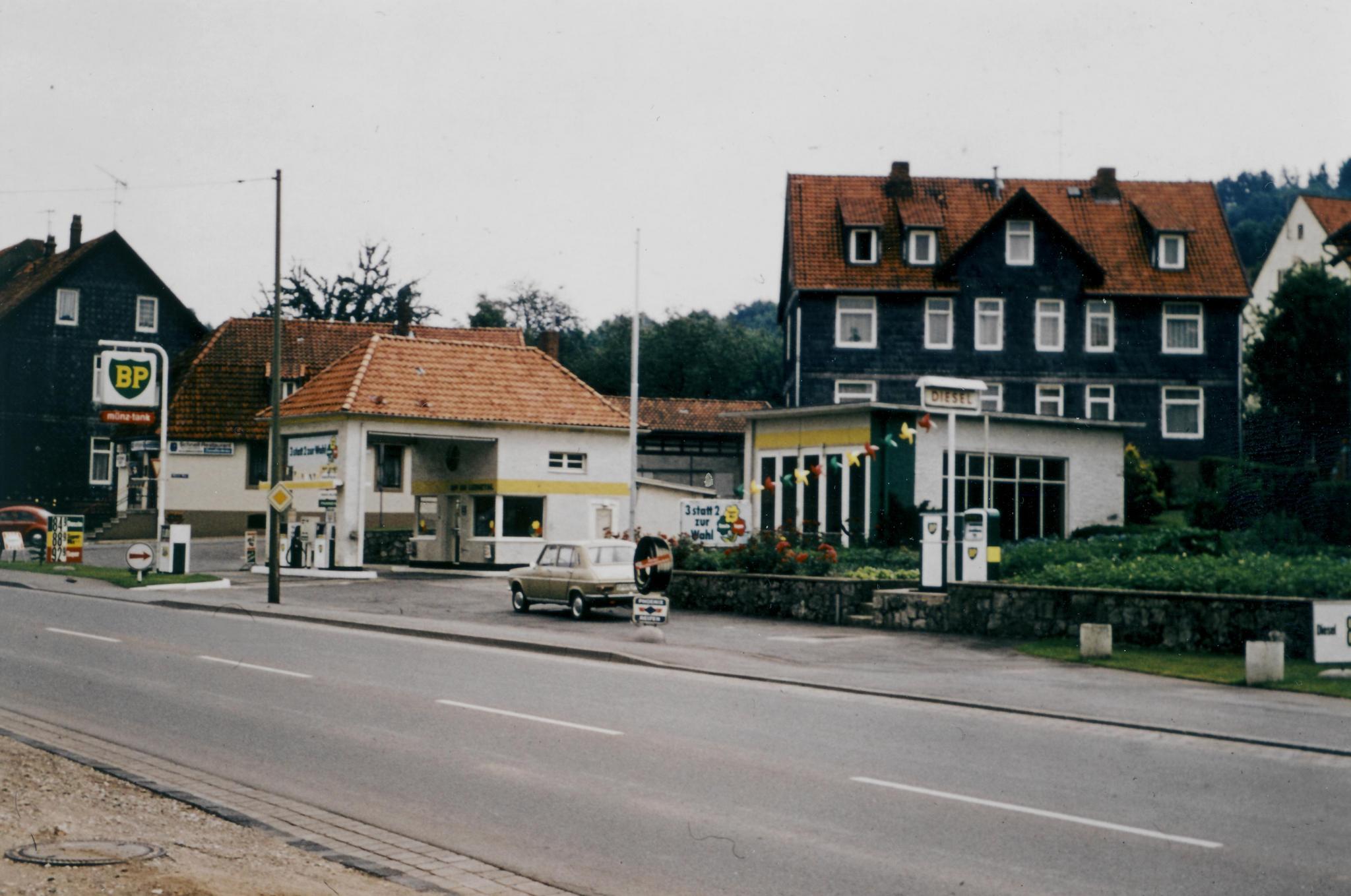 HannoverscheStr1970er-03-TankstelleVorlop