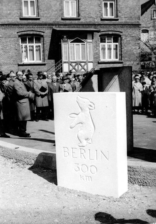 HildesheimerStr1962-07-BerlinerStein