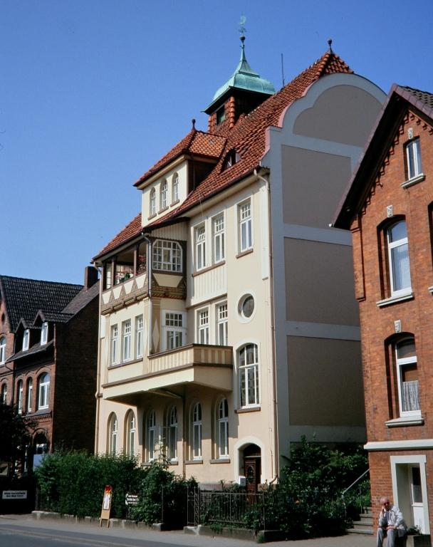 HildesheimerStr1991-01-Kork-Meyer