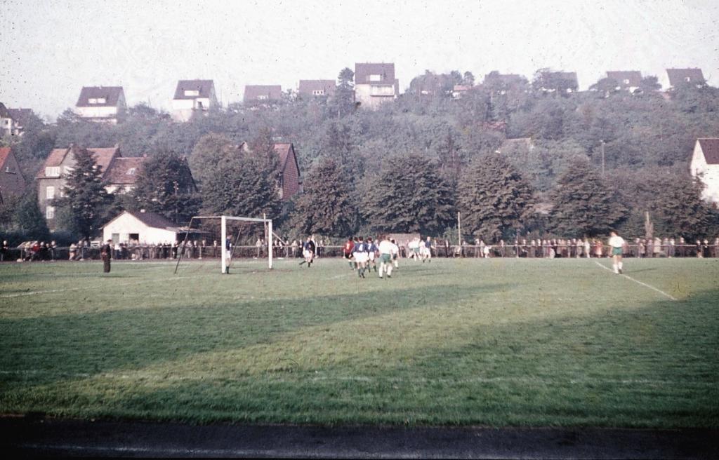Hindenburgstadion1960er-04
