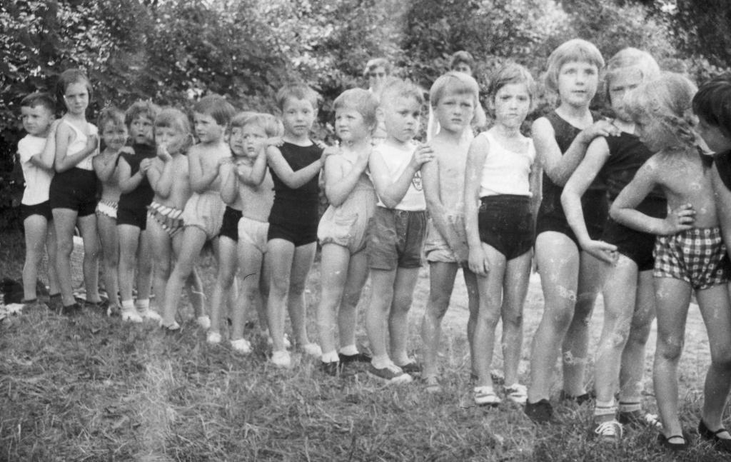 Hindenburgstadion1964-04-Kindersportfest