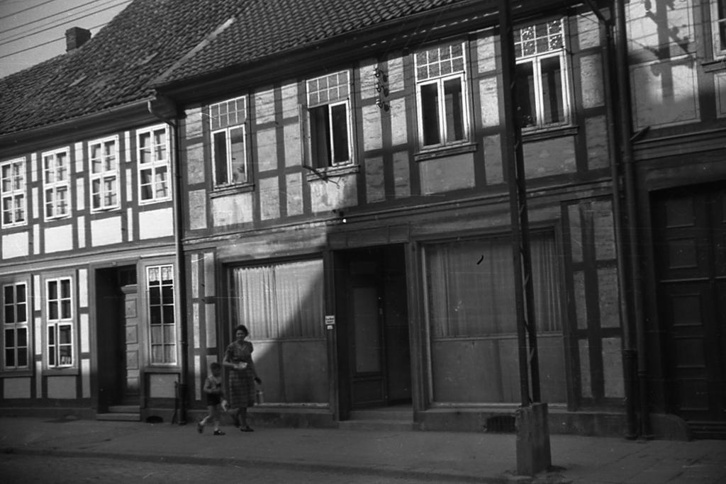 HolzerStr1955-01