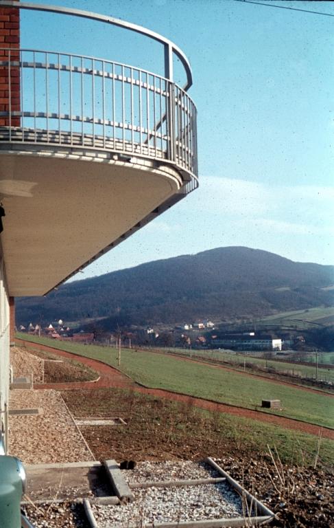 Krankenhaus1970er-06-Garten