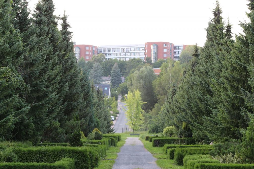 Krankenhaus2014-09-vomFriedhof