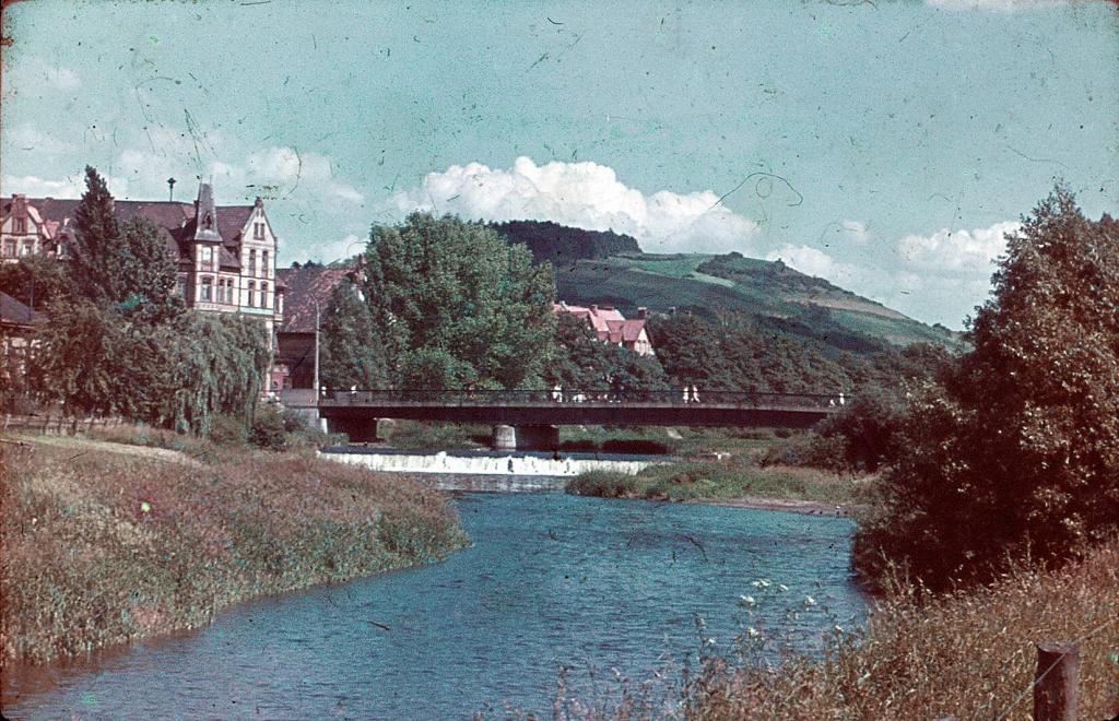 Leinebrücke1970er-05