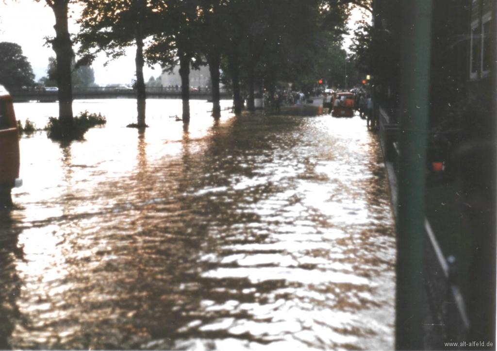Leinehochwasser1981-02