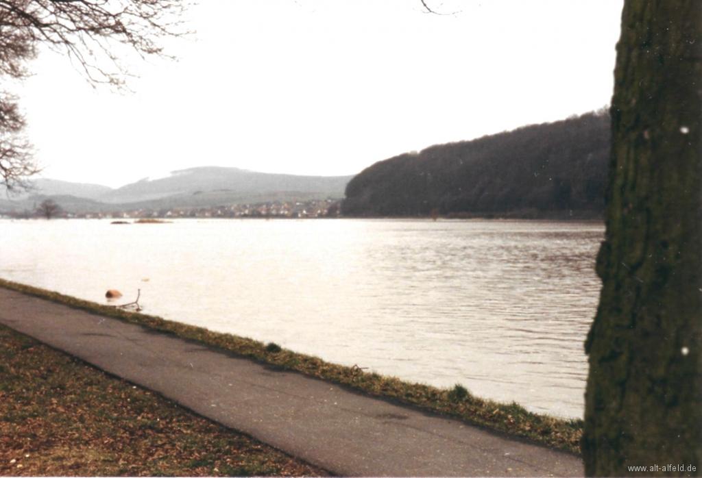 Leinehochwasser1986-03