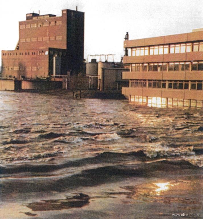 LeinehochwasserJuni1981-03