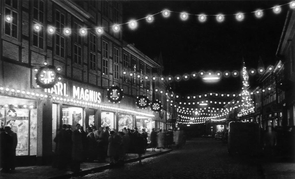 Leinstr1960er-08a-Weihnachten