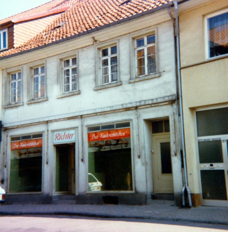 Leinstr1970er-14-Toben