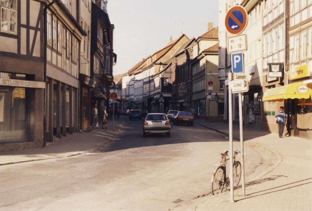 Leinstr1987-10