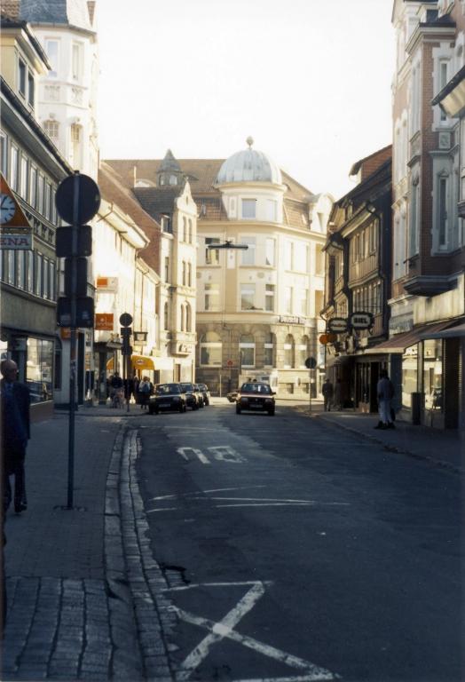 Leinstr1987-12